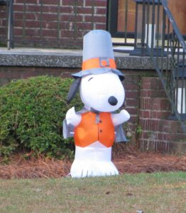 Inflatable Snoopy Pilgrim